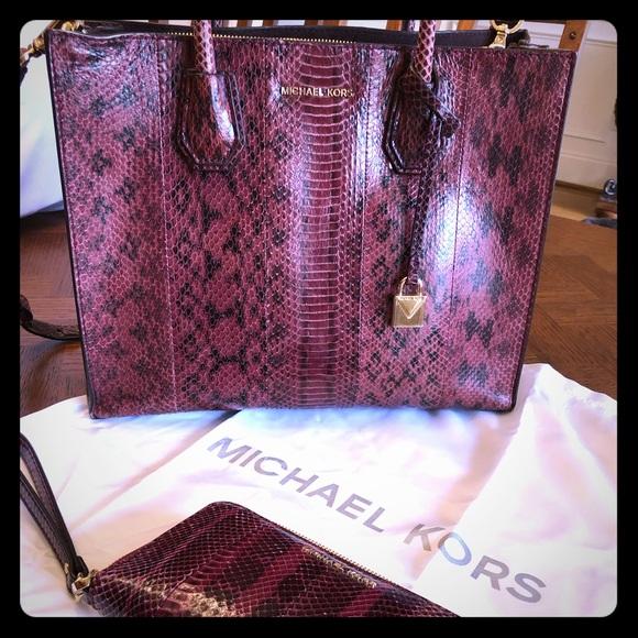 2efc8138e7fe Michael Kors Bags | Mk Mercer Large Snake Skin Tote | Poshmark